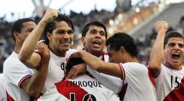 Selección peruana sube un puesto en el ranking de la FIFA