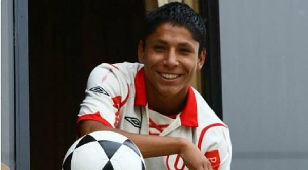 Raúl Ruidíaz formará parte de la U. De Chile