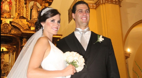 Maju Mantilla feliz en su matrimonio religioso