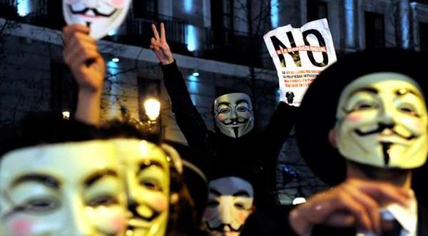 Detienen a cuatro integrantes de Anonymous