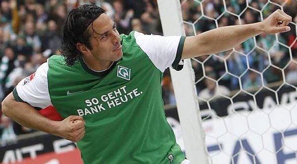 Claudio Pizarro entre los mejores delanteros del siglo XXI