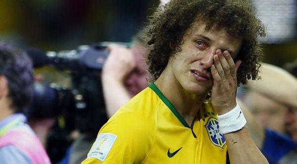 David Luiz pide perdón al pueblo brasilero entre lágrimas