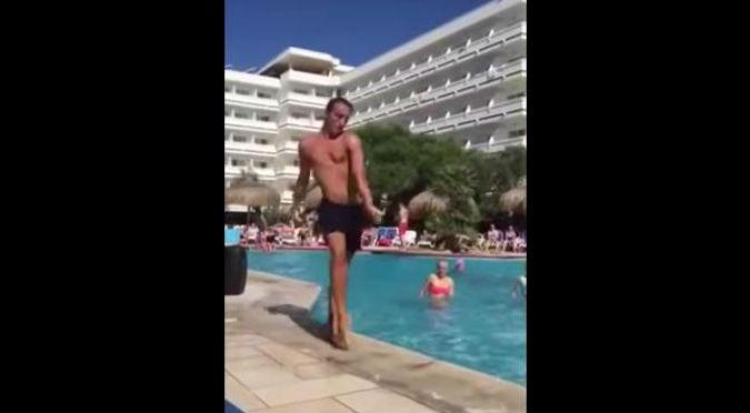 ¡Qué buen ritmo! Bailó una canción de Beyoncé en piscina y se volvió viral – VIDEO