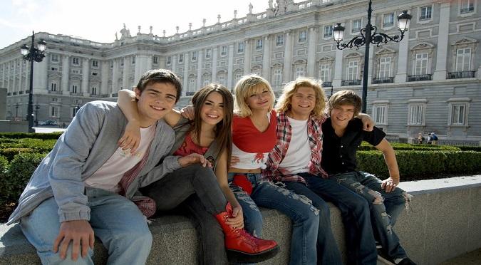 Teen Angels: Se filtran fotos íntimas de actriz de Casi Ángeles junto a conocido cantante español