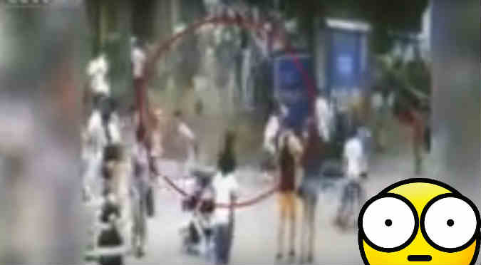 YouTube: Este impactante agujero tragó a varias personas