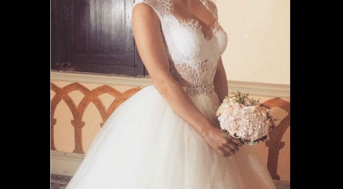 ¡Awwww! Esta guerrera sorprendió con su vestido de novia