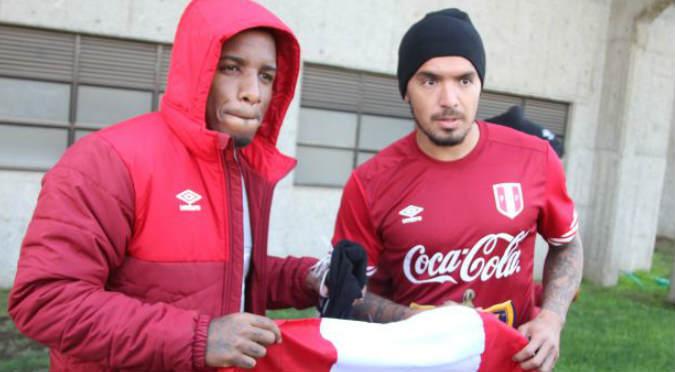 Jefferson Farfán felicitó a Alianza Lima y troleó de la peor manera al 'Loco' Vargas