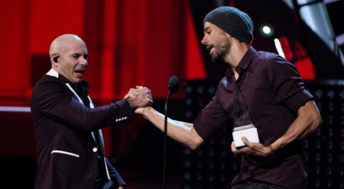 5 fotos de los mejores momentos de los Latin AMAs 2017
