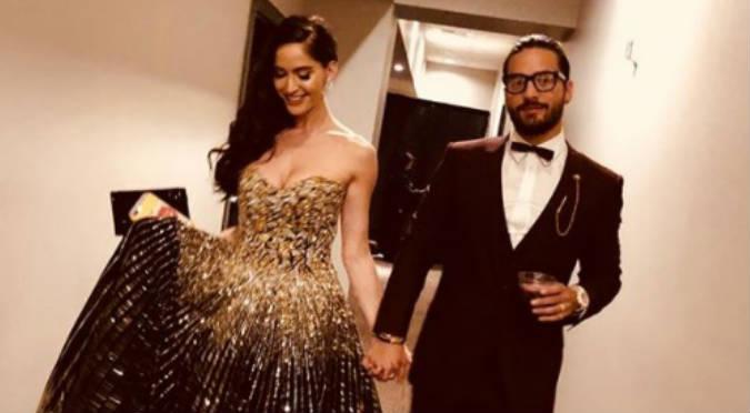 Mirada de la novia de Maluma en los Billboard se vuelve viral (VIDEO)