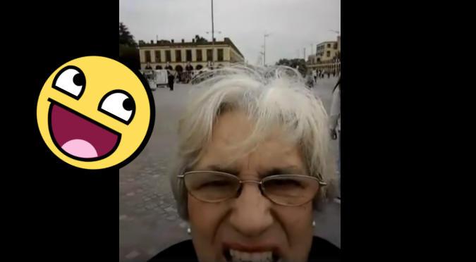 Abuelas no saben tomar una foto y video se vuelve viral (VIDEO)