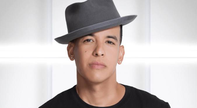 Daddy Yankee conmueve en redes sociales con tierno gesto
