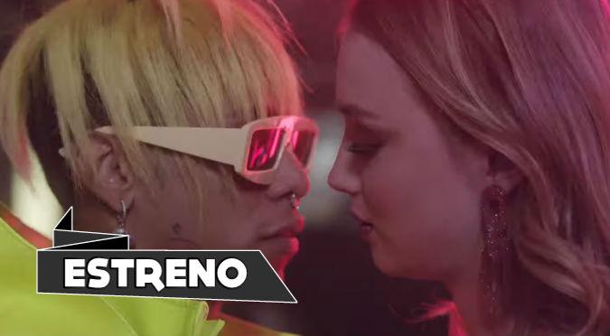Lalo Ebratt impresiona con sus looks en estreno de 'Boomerang'  (VIDEO)