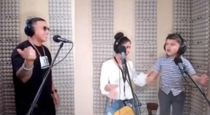 Niño le roba el show a Daddy Yankee en su propio estudio (VIDEO)