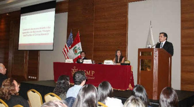 USMP y Harvard entregaron reconocimiento a egresados de diplomado