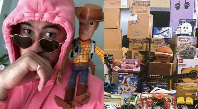 Bad Bunny entregó más de 20,000 regalos por navidad (FOTOS)