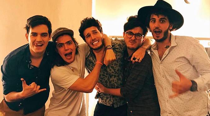 """Sebastián Yatra y Morat anuncian su primera colaboración juntos llamada """"Bajo la mesa"""""""