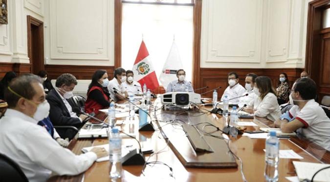 Coronavirus en Perú: presidente, ministros y altos funcionarios se reducen el sueldo en favor de los deudos médicos