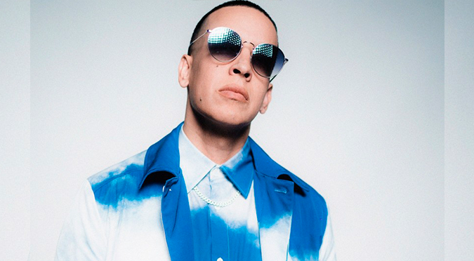 Daddy Yankee firma contrato multimillonario con Universal Music Group
