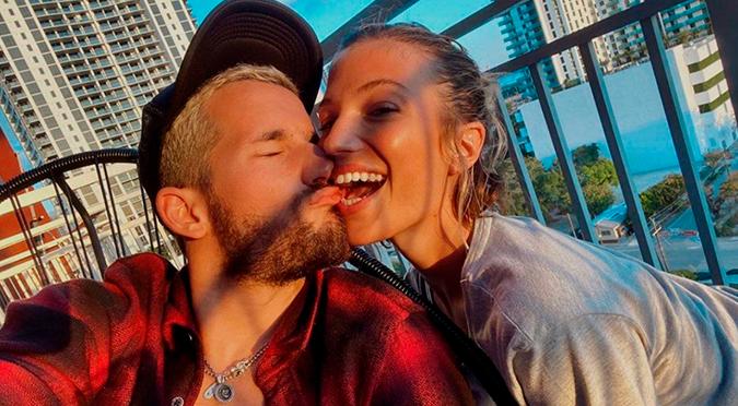 Ricky Montaner Y Stefi Roitman se comprometieron tras 9 meses de relación