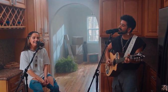 Camilo da concierto online y muestra junto a Evaluna toda su casa   VIDEO