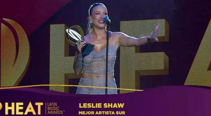 Leslie Shaw vence a Tini y Anitta en la categoría 'Mejor Artista Sur' en Premios Heat 2020 | VIDEO