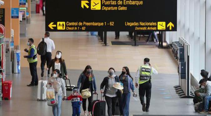 Coronavirus: Perú suspende vuelos directos o con escala en Reino Unido ante nueva cepa de COVID-19