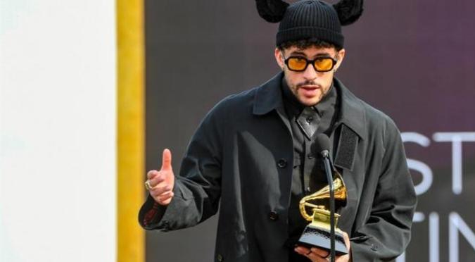 """Premios Grammy: Bad Bunny se lleva su primer Grammy gracias a su álbum """"YHLQMDLG"""""""