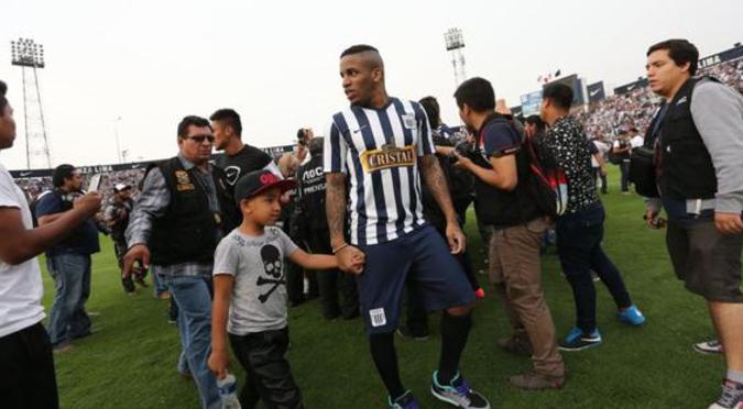 Jefferson Farfán será el nuevo jugador de Alianza Lima para la temporada 2021