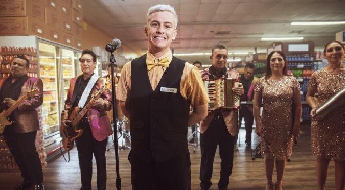 Guaynaa se une a Los Ángeles Azules para estrenar 'Cumbia a la Gente' | VIDEO